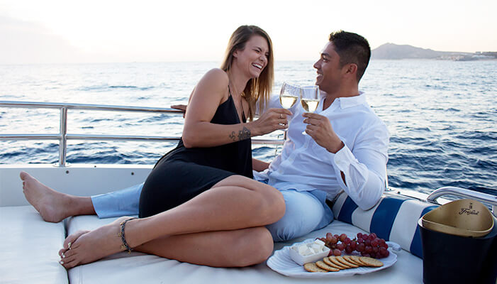 You Can Rent A Yacht or Boat for Boyfriend's Birthday